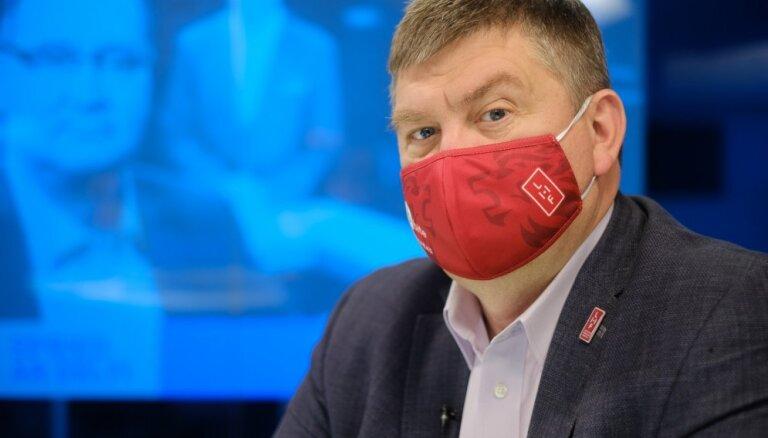 'Joprojām ceram uz skatītāju klātbūtni' – Kalvītis par drošību un 'burbuļiem' PČ hokejā