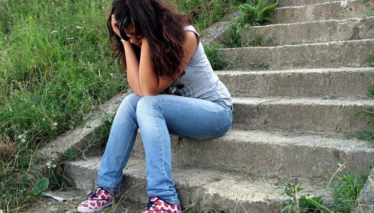 Kas notiek ar depresiju slima bērna smadzenēs