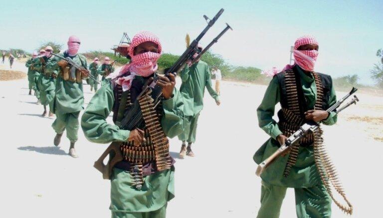 Islāmistu uzbrukumā Mozambikā vairāki desmiti bojāgājušo