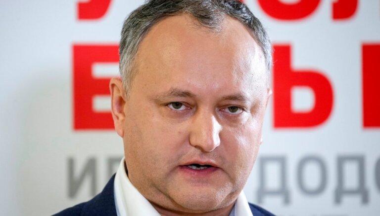 Moldovas prezidenta vēlēšanās par favorītu kļūst prokrieviskais Dodons