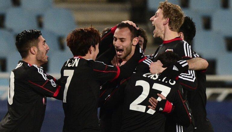 'Bayer' un 'Olympiacos' iekļūst UEFA Čempionu līgas astotdaļfinālā
