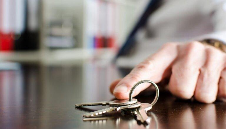 LTV: partijas banku spiediena dēļ gatavas atcelt 'nolikto atslēgu' principu