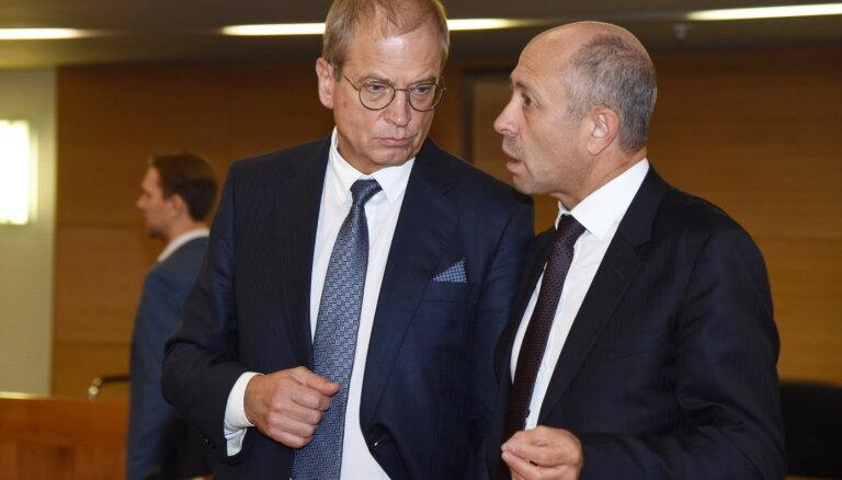 GKR neatbalsta Burova atsaukšanu no amata