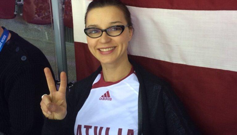 ФОТО: Латвийская сборная по хоккею довела Марию Наумову до слез