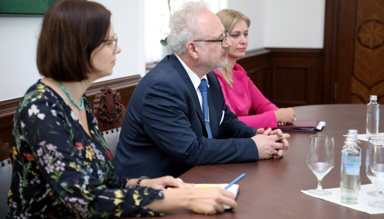 Prezidenta padomnieku biroja vadītājas Kucinas alga būs 3968 eiro