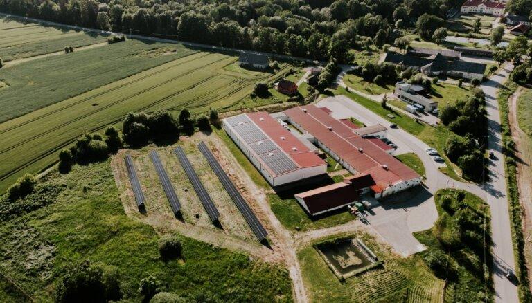 Zemgalē uzstādīts lielākais saules paneļu parks