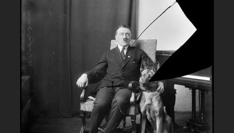Foto: Digitalizēti Hitlera personīgajam fotogrāfam konfiscētie stikla negatīvi