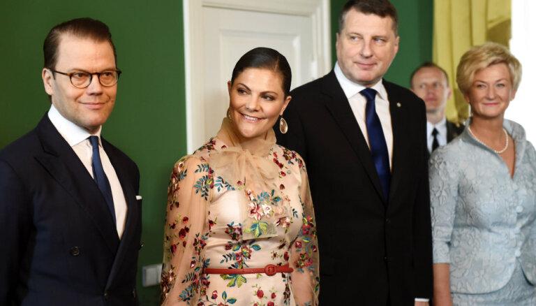 Zviedrijas kroņprincese vizītē Latvijā apbur ar eleganci