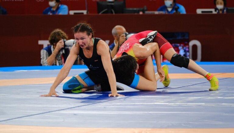 Grigorjeva olimpisko spēļu pirmajā kārtā zaudē favorītei