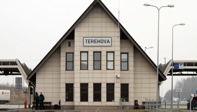 """Перевозки через """"Терехово"""" под угрозой: здание ПВС в критическом состоянии"""