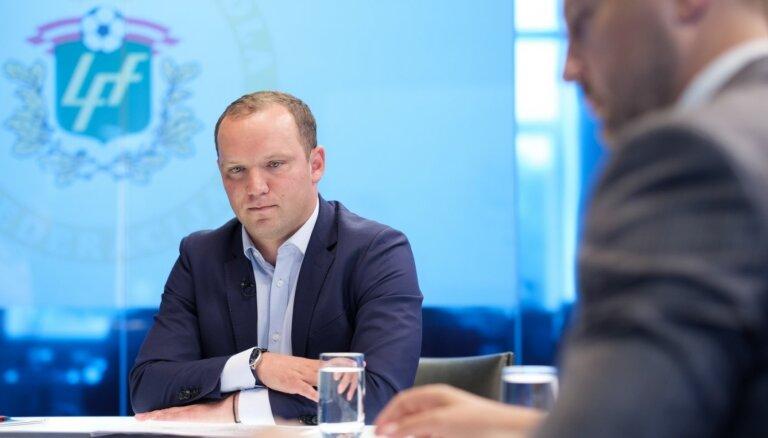 'Kriminālo subjektu' piedāvājumi vai ziņas par totalizatoru likmēm – Ģirģens un Ļašenko par manipulācijām futbolā