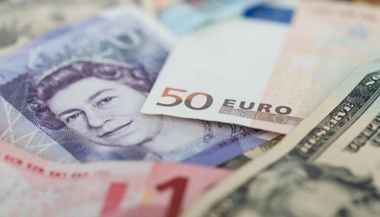 Valūtas maiņas bizness – apjomi rūk; mainīs regulējumu un uzraudzības maksas