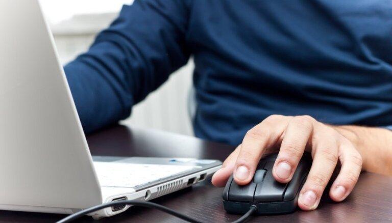 Bankas turpina ieviest stingrāku klientu kontroli: lasītājs prasības salīdzina ar šantāžu