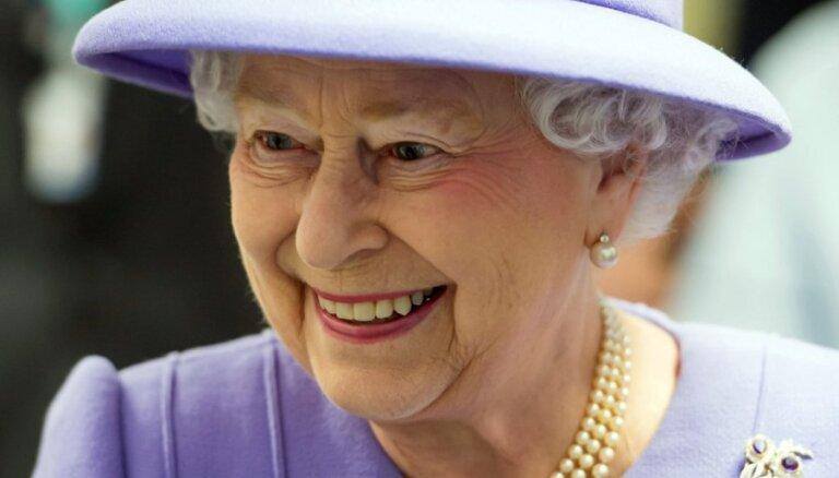 """Елизавета II побывает на съемках """"Игры престолов"""""""