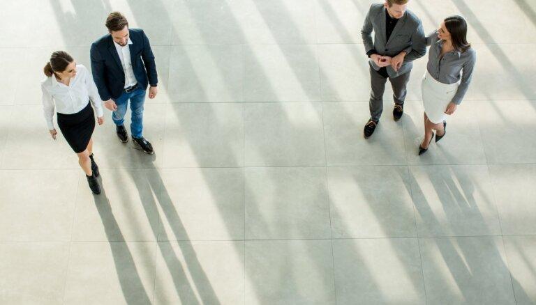 Sievietes pērn vidēji pelnījušas par 16% mazāk nekā vīrieši
