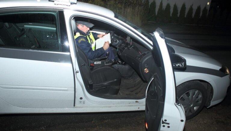 Sestdien uz Latvijas ceļiem cietuši pieci cilvēki