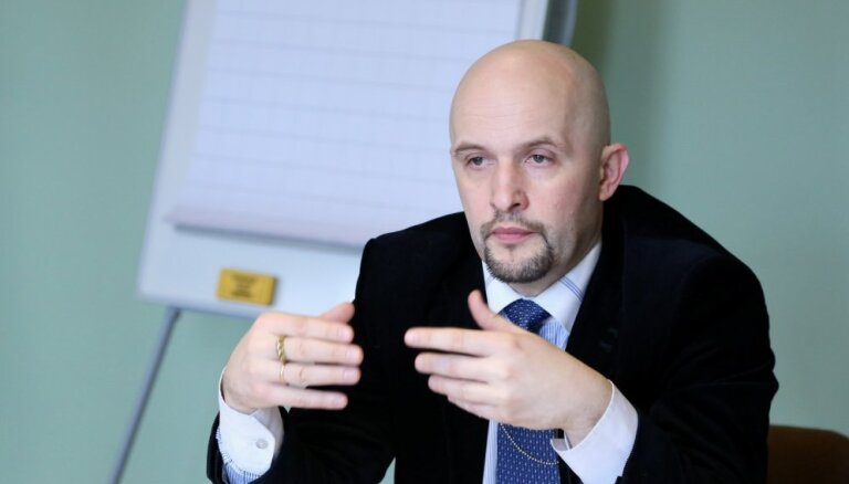 Сартс: Подсчет голосов вручную— козырь Латвии, не дающий возможности вмешаться в процесс