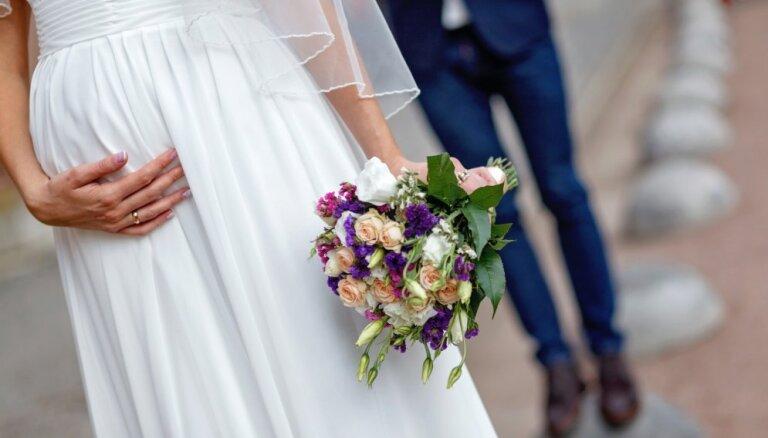 Līgava stāvoklī: kā pareizāk organizēt kāzas