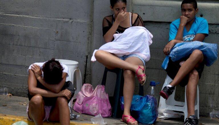 No Venecuēlas uz Ekvadoru šogad devušies vairāk nekā pusmiljons cilvēku