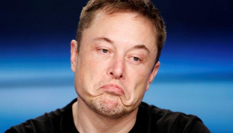 """Маск отказался менять свой """"ужасно неэффективный"""" стиль работы"""