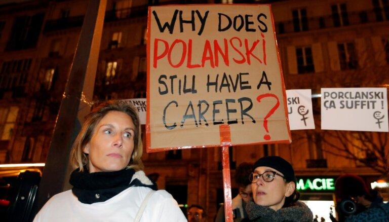 Skandalozajam Polaņskim piešķirts 'Cēzars' labākā režisora kategorijā