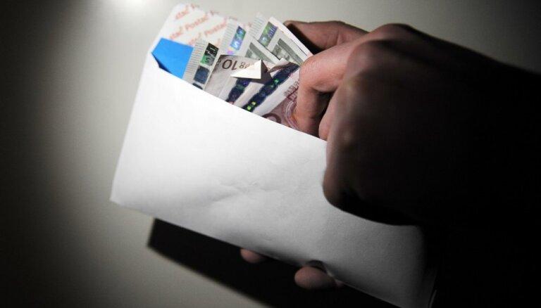 Взятки облагаются налогом: VID выпустил памятку для предприятий, которые дают взятки