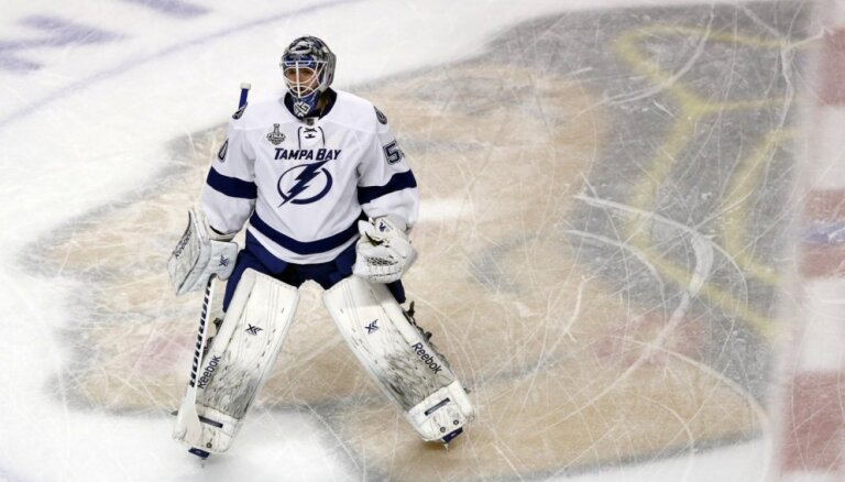 Izdevums: 'Lightning' jāmaina Gudļevski uz 'Maple Leafs'