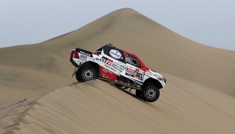 Al-Atija uzvar Dakaras rallija priekšpēdējā posmā un vēl vairāk pietuvojas trešajam titulam