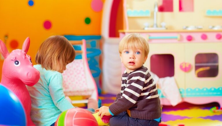 Sākusies grupu komplektēšana Rīgas bērnudārzos; kas jāzina vecākiem