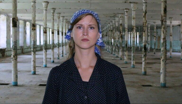 Rīgas Fotomēneša programmā atklās igauņu mākslinieces Marijas Kapajevas izstādi