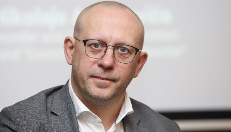 TV3: Немиро хочет избавиться от госсекретаря, выступающего против назначения Ребенокса в совет Latvenergo