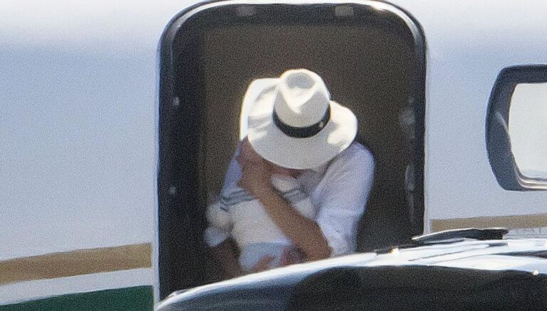 Prinča Harija un Meganas atvaļinājuma foto, kuru dēļ izcēlās skandāls