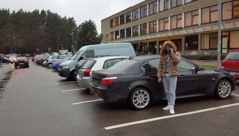 Neticams pavērsiens: Latvijas seksa svīta atguvusi nozagto dārgo 'bembi'