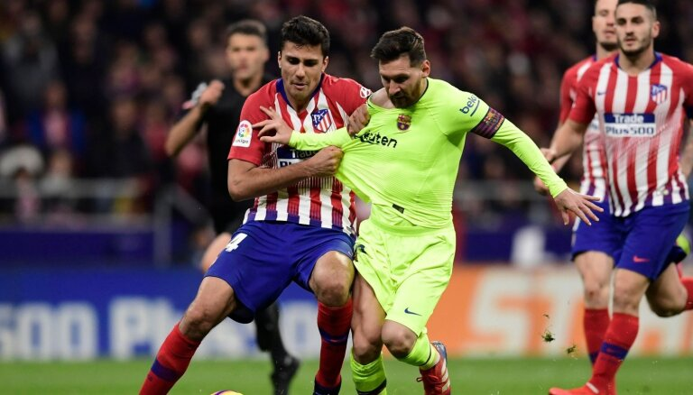 'Manchester City' samaksā rekordlielu izpirkuma maksu par Ernandesu