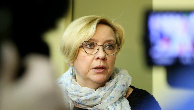 Bordāna ierosinājums no amata atbrīvot NEPLP vadītāju raisa parlamentāriešu diskusijas; komisijā netiek izvērtēts
