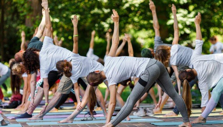 Nūjošana, joga un vingrošana – bezmaksas treniņi Rīgā un citās Latvijas pilsētās