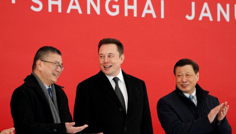 'Tesla' sāks rūpnīcas celtniecību Šanhajā