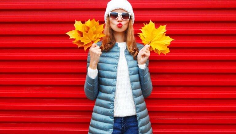 Naģeni, bereti vai mici? Dizaineres padomi, kā izvēlēties stilīgu galvassegu