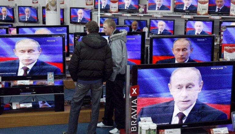 'Rosstat' statistikā sešas reizes samazināts no Krievijas izceļojušo skaits