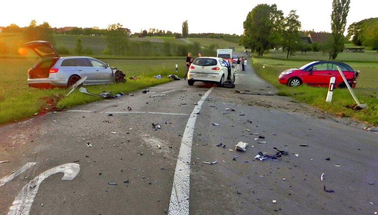 OCTA: Сейм уточнил, как страховые компании смогут взыскивать убытки с участников аварии