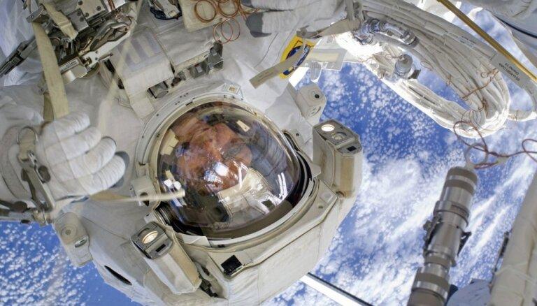 'Delfi' intervija ar kosmonautu: Eiropa plāno bāzi uz Mēness