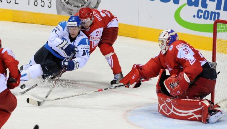 Somija pirmajā PČ spēlē sagrauj Dāniju