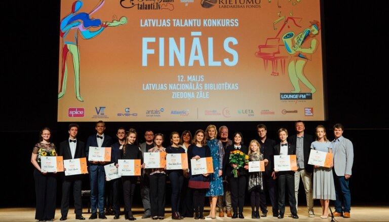 Foto: Apbalvoti konkursa 'Ineses Galantes talanti 2019' uzvarētāji
