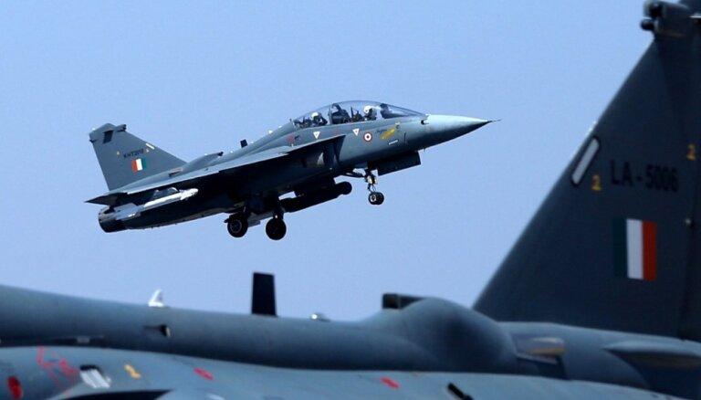 Indija veikusi gaisa uzbrukumus pret Kašmiras kaujiniekiem Pakistānas teritorijā