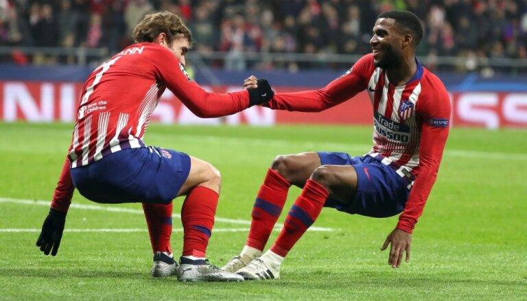 'Atletico', 'Porto' un 'Schalke 04' iekļūst Čempionu līgas 'play off'; PSG gūst svarīgu uzvaru pār 'Liverpool'