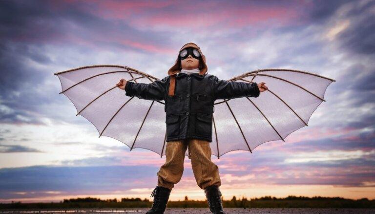 Kritiskā domāšana, jaunrade un radošums – bērnam nepieciešamās prasmes izcilas karjeras veidošanai nākotnē