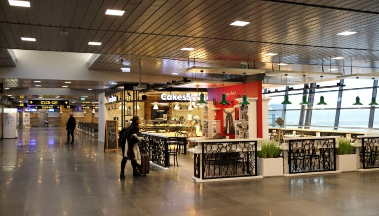 Sarukuši trešo valstu tūristu pirkumi Latvijas 'taxfree' veikalos, ziņo LNT