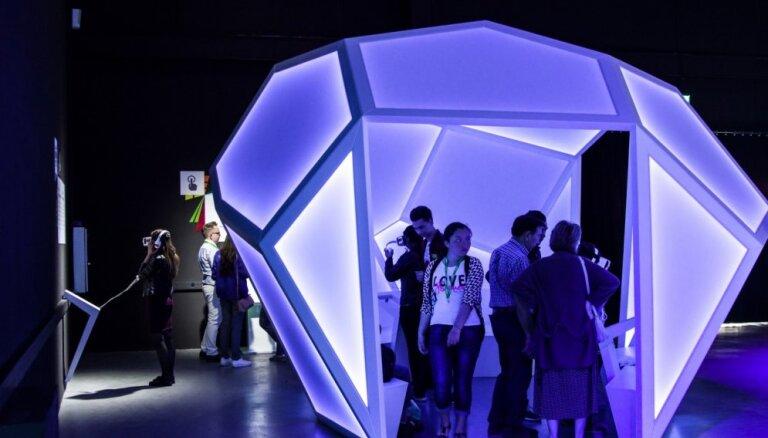 Foto: Astanā atklāts Latvijas 'EXPO 2017' paviljons