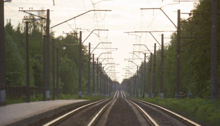 Eiropas Komisija rudenī viesīs skaidrību par dzelzceļa elektrifikācijas projekta sākšanu