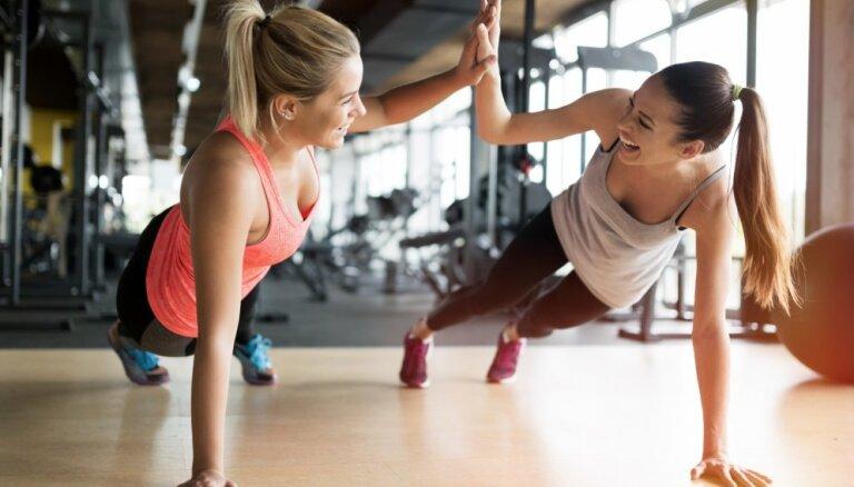 Фитнес-тренер развенчивает 5 самых популярных мифов о питании